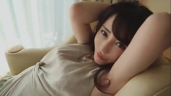 女優のようなルックスの物凄い美人はフェラが得意で体位もすごい