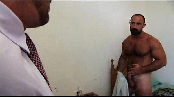 arabes gay musculosa escort