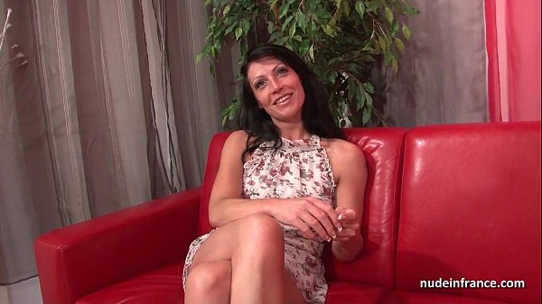 Sublime French MILF Cristale Rock deep anal fucked