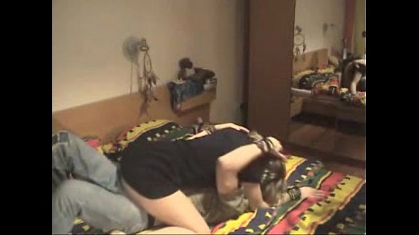 videos de Porno Ensinando sobrinha a dar buceta