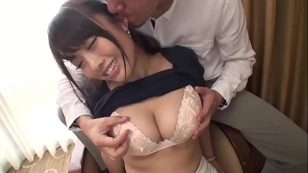 素人のぽっちゃりハメ撮り人妻巨乳動画