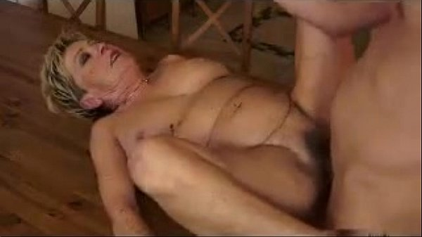 Two animated sluts sharing a cock