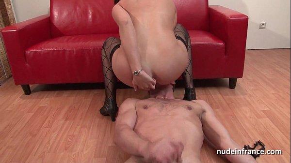 Casting pretty brunette hard ass fucked plug...