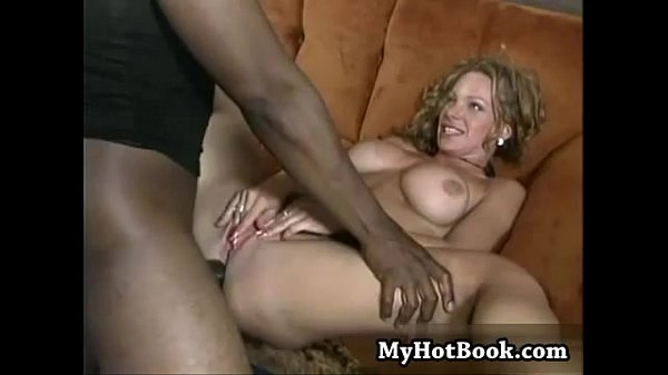 Hottest girl 3some