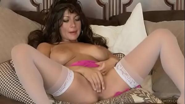 Candice calista masturbates