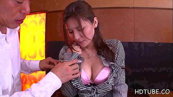 嫌がるお局OLの美乳を揉んで力ずくで股を開いてクンニしてやります