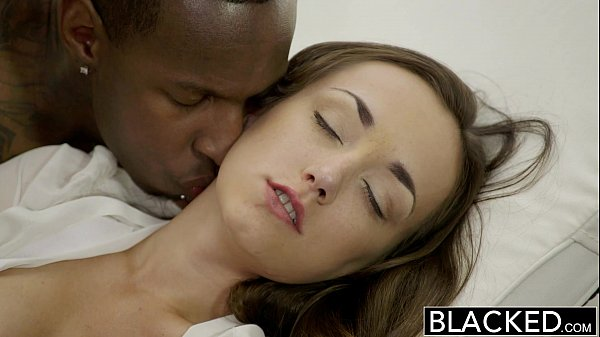 11 Min Victoria Rae Gets Bored And Fucks Big Black Cock Blacked.com