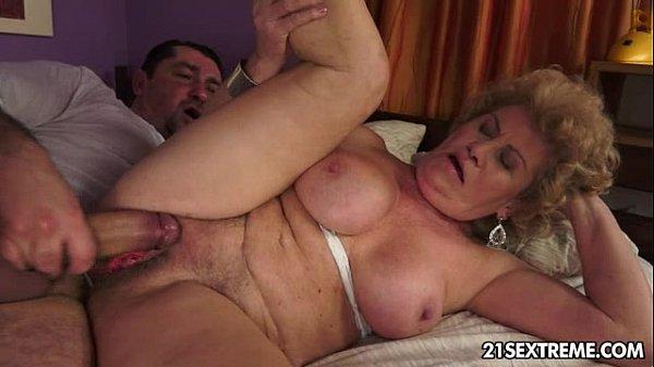 порно со старухами 3gp