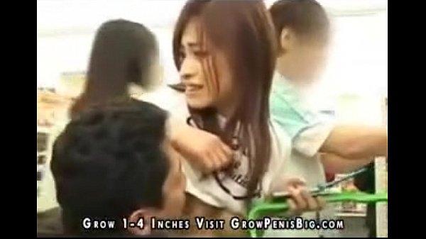 喘ぎ声が出せないコンビニで買い物中のお姉さんがド変態男にエッチないたずらされちゃう企画! Asian Sex Crowded Mini Mart