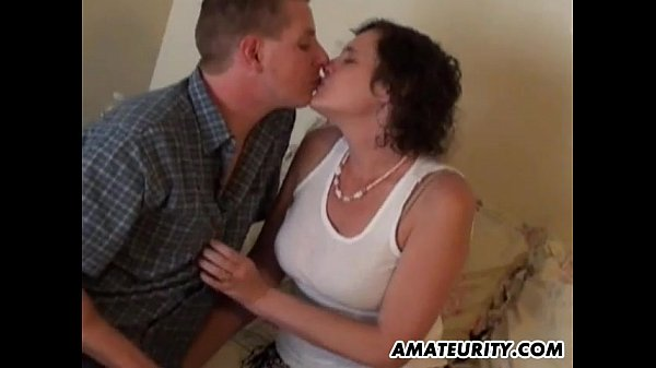 Real amateur couple homemade hardcore action...