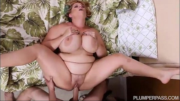 as she sucked my cock