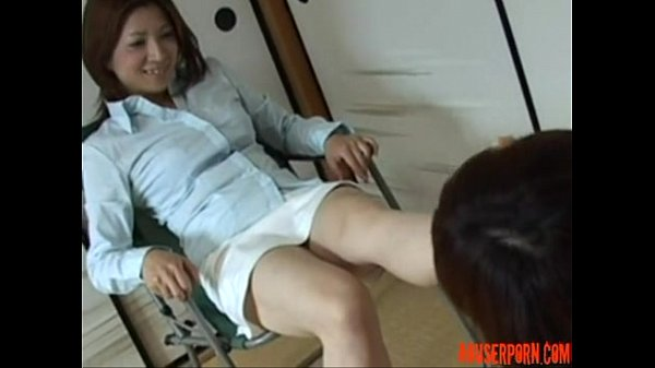 これもマニアック、緊縛した熟女を熟女がSM調教するというパターン…脚舐めさせられるM女素人|イクイクXVIDEOS日本人無料エロ動画まとめ