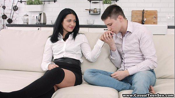 Sex chị gái và em trai chơi nhau dữ dội