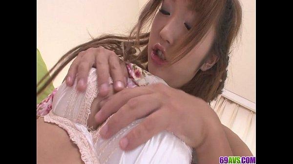 杏樹沙奈ロリ顔美今時女子校生のGALにフェラチオしてもらってからBACKとせいじょう位で生生入れでナカ出しwww
