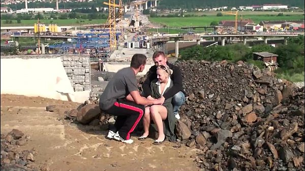 Young teen girl PUBLIC gangbang threesome at...