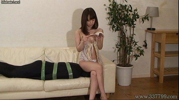 変態M男くんが綺麗な女上司の自宅でいもむし男として飼われちゃう///【篠田ゆう】