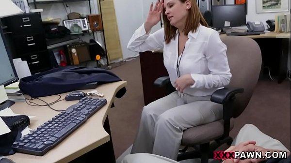 Xxx Movil Foxy business lady gets fucked