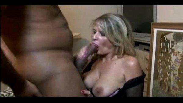Milf webcam anal