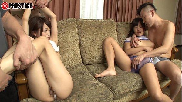 黒髪で炉利な姉妹を部屋で拘束して徹底的に3PSEXで犯す