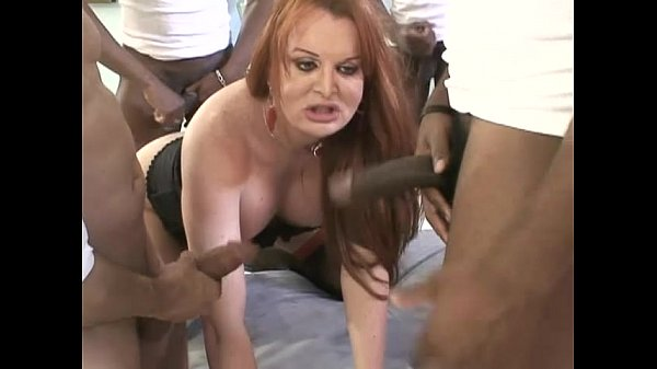 XXX Video Wife lick husbands ass