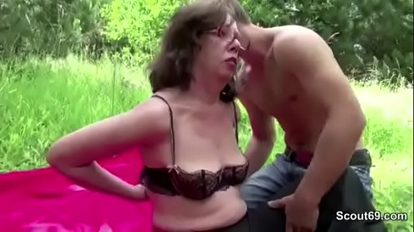 71yr old hairy grandma fuck outdoor by 18yr old german boy 7