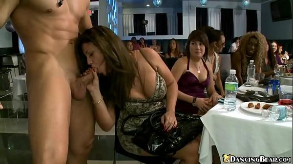 Gay escort master video hard addio al nubilato