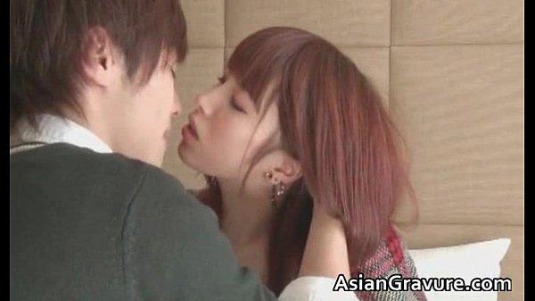 【橘ひなた】激かわ美少女と長い時間キスしたあとはねっとりと舌を絡める