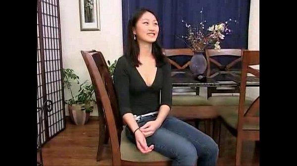エロ動画 | 激カワ娘のエロカワさにフル勃起男続出中 紗倉まな