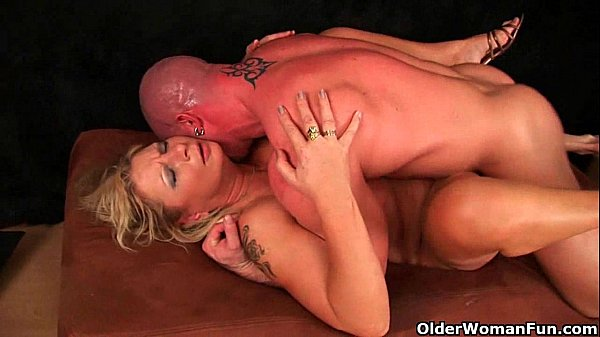 ,milf,mature,squirting,squirt,squirter,mom,mommy,mother,milfs,pussy-juice,hd,cougar,gilf,old-young,mature-sex,mom-fuck