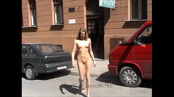 Agnieszka naked in public 7