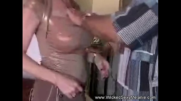 Creampie For Mommy's Pussy...