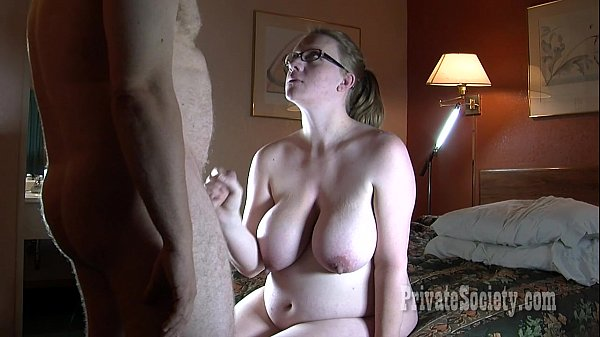 Busty solo tube