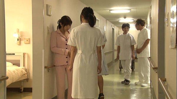 巨乳なナースは患者に口説かれてパイズリのサービスをする天使