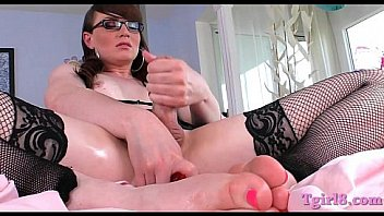 Hot tranny fucking her ass with a dildo