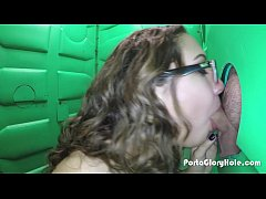 Porta Gloryhole Hot young teen gets naughty at ...