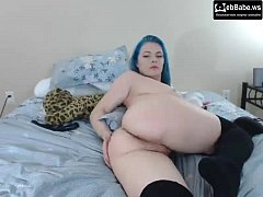 with big tits caresses pussy cams.isexxx.net