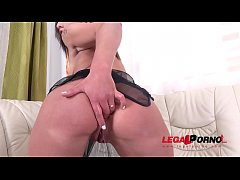 Young cute Big Booty Bitch Nicolette Noir 1st time in studio DP'ed to Orgasm