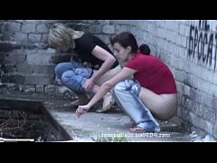college babes pissing
