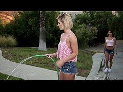 The New Lesbian Neighbor - Uma Jolie, Bella Ros...