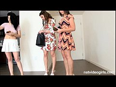 3 amateur Cali girls give triple blowjob