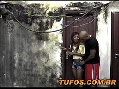As Faveladas - A Pracinha abandonada