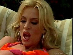 hot milf amber lynn fucked outdoors for messy facial
