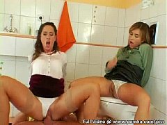 Three Super Hot Chicks With Piss Fetish Have Wa...
