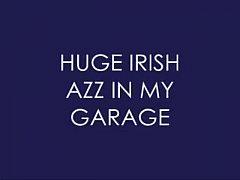 Amazing Big Ass on the Garage!