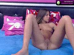 YoungDorina18 on cam