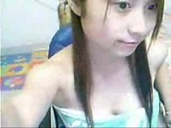 Taiwan girl shows her big breast