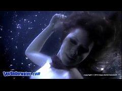 Girls - Underwater Lesbian Lovers