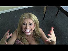 NEW ! Lisa Daniels gets a facial from Dillinger