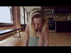 Petite yoga babe trembles with orgasm