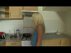 Homemade sex at kitchen with horny czech girlfr...